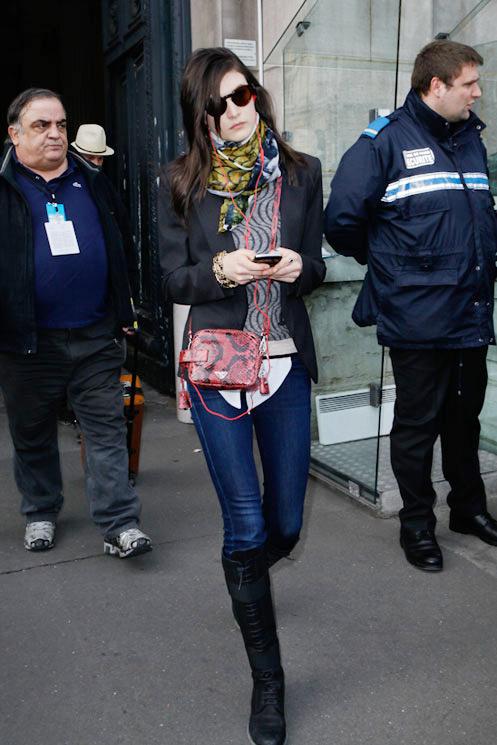 2012秋冬巴黎时装周超模街拍
