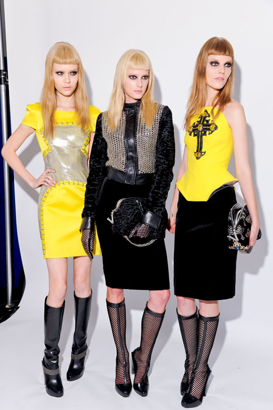 Versace 2012秋冬高级成衣后台揭秘