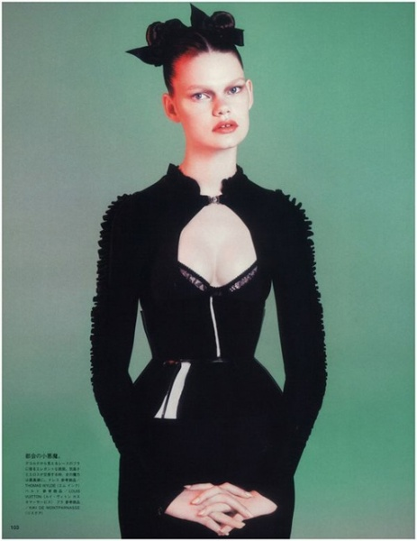 日本版Vogue十二月刊时尚大片
