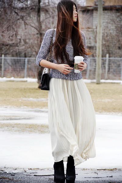 华裔美女街头倾情示范 随心演绎春季百变搭配