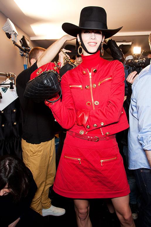 Moschino 2012秋冬高级成衣后台花絮