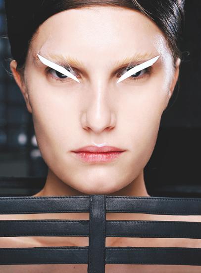 未来感妆容打造创意t台彩妆