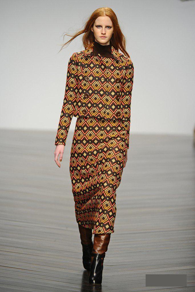 沙漠元素服装设计图