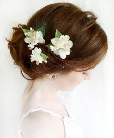 来一场花海婚礼唯美浪漫发型