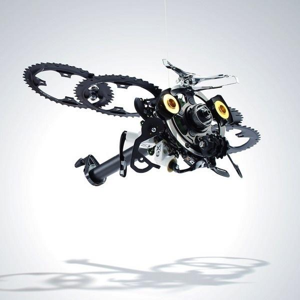 自行车零件变身雕塑艺术品图片