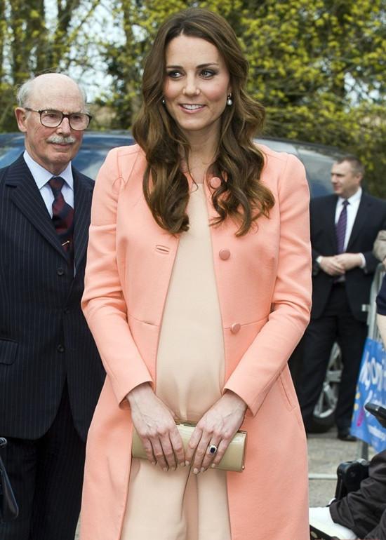 王妃婴儿十件事:名字洗礼