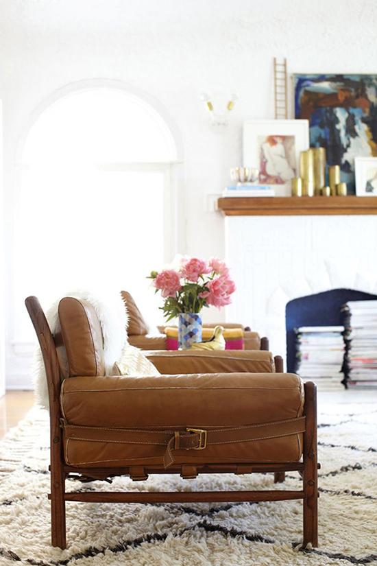 客厅中意想不到的皮椅效应