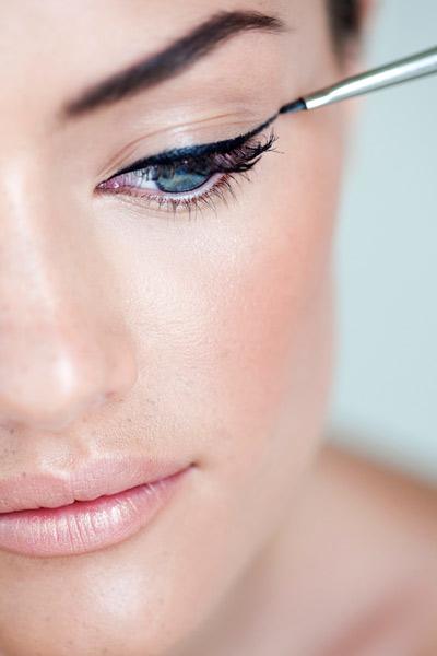 你最该知道的化眼妆的技巧