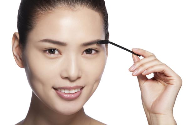 多功能化妆小物 睫毛刷的10个妙用