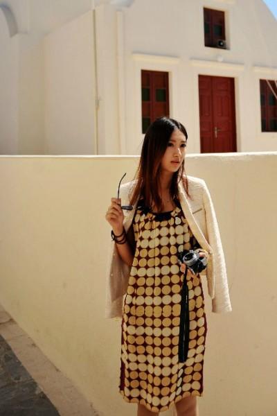 几何纹连衣裙 打造优雅的OL风