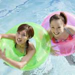 夏日游泳清凉减肥
