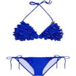 沙滩女玩转泳衣