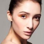 彩色眼妆最时尚
