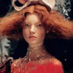 模特性感演绎某杂志时尚大片