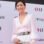 韩国女星红毯秀