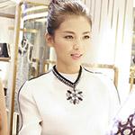 刘涛出席活动 白衫黑裙大气