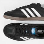 经典款运动鞋