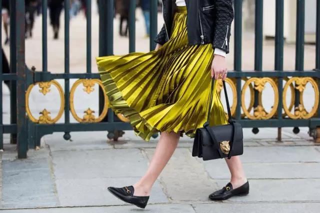 时尚百搭又显瘦的百褶裙!